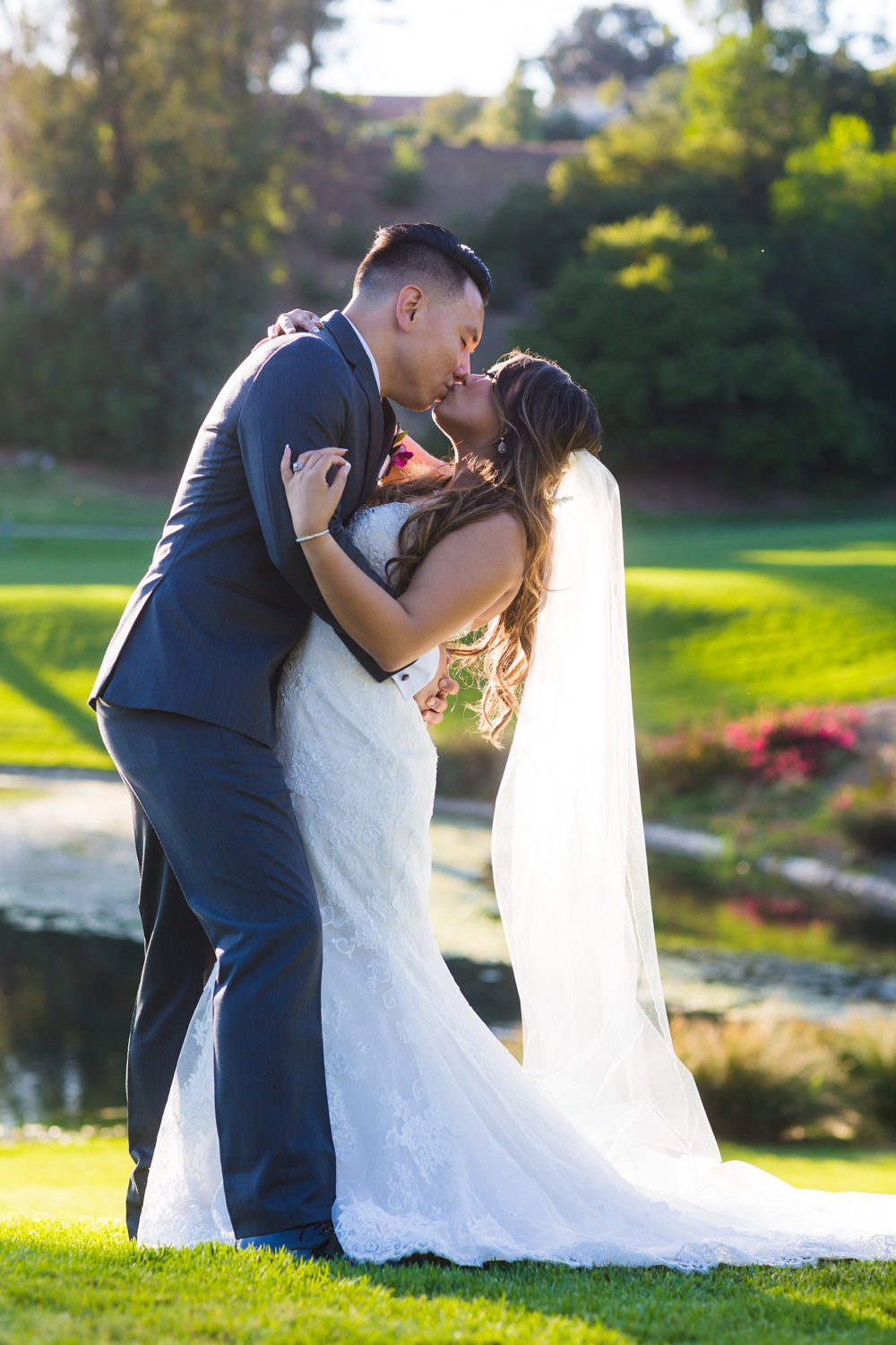 Friendly Hills Country Club Wedding, Whittier, CA. Photo by Belinda Philleo